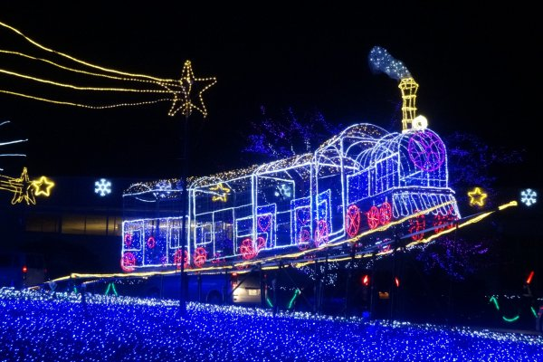 A train shoots for the sky at the Saishunkan Hilltop Illuminations