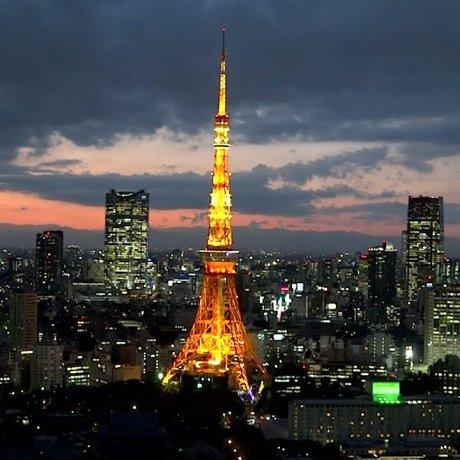 目線の高さに東京タワー!