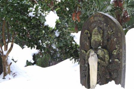 泰澄寺、雪の中の三十三観音