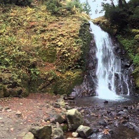 福井の一乗滝、別名「小次郎の滝」