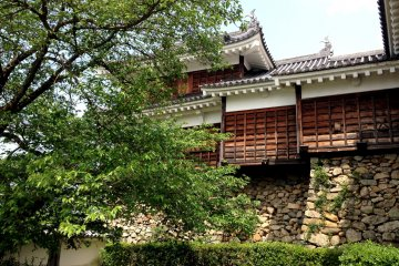 <p>Step back in time in the peaceful remains of Fukuchiyama Castle</p>