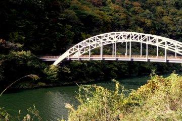 <p>Another bridge</p>