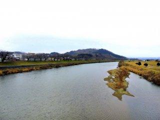 The sad landscape of Shiroishi River in Miyagi Prefecture will transform into...