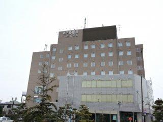 ホテル原田inさくらはJR船岡駅の目の前だ