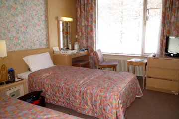<p>The beautifully clean room at the Prince Hotel East</p>