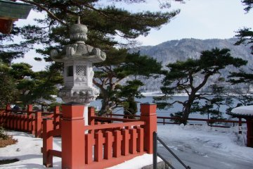 Danau Chuzen-ji ketika Musim Dingin
