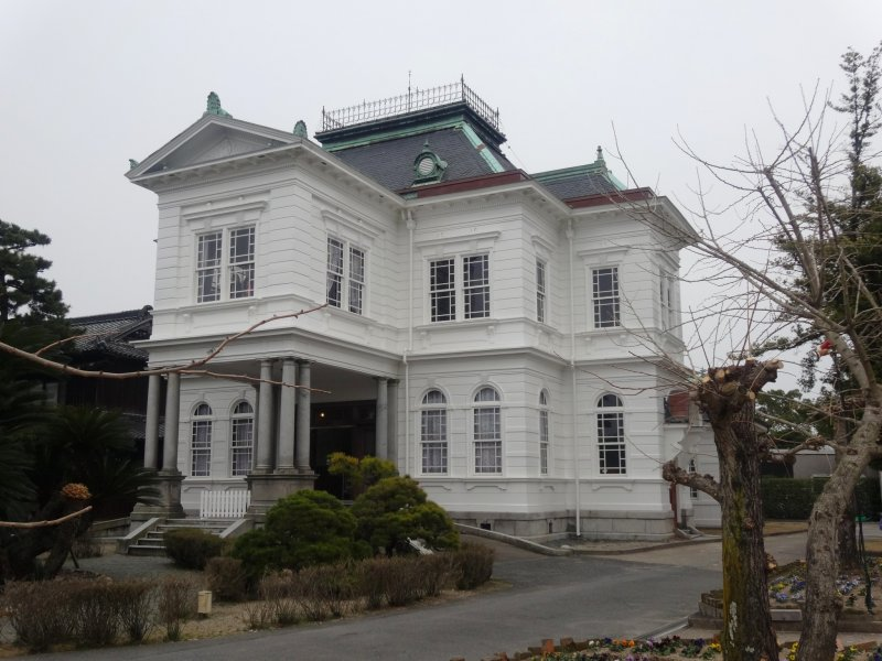 <p>The Ohana Estate&#39;s Western-style annex</p>