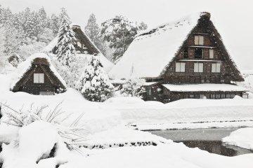 Myozenji Temple in Shirakawa-go