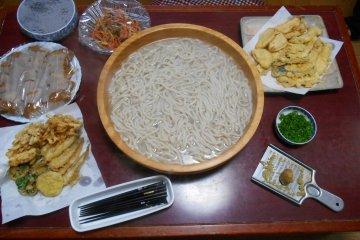 <p>Freshly prepared udon</p>