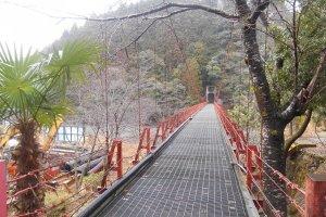 The red suspension bridge to kohechi trail