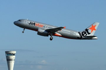 Jetstar теперь летает Осака-Гонконг