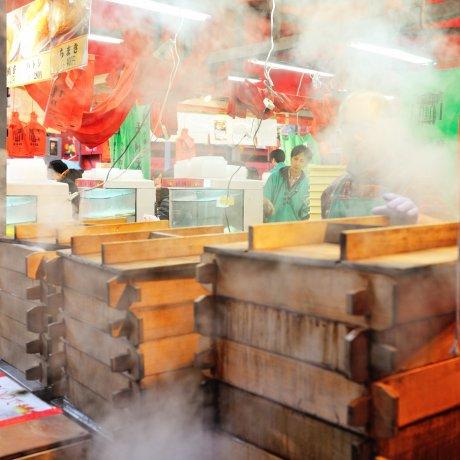 Exploring Nagasaki's Shinchi Chinatown