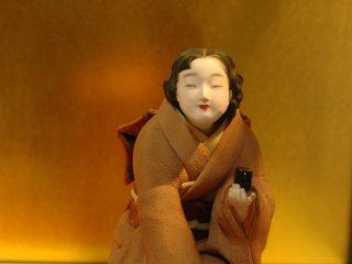 기모노 입은 여인만이 풍길 수 있는 우아함과 고상함을 그대로 표현한 인형.