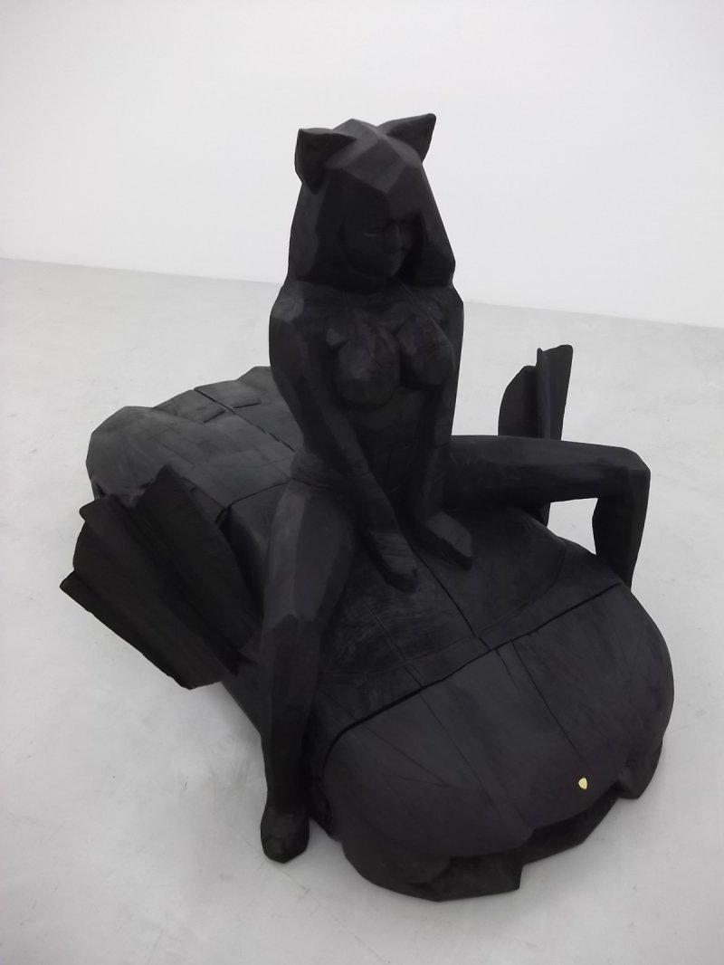 <p>I forget who this sculpture was by</p>