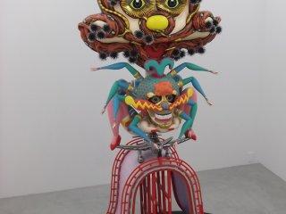 Tác phẩm điêu khắc này của họa sĩ Keiichi Tanaami