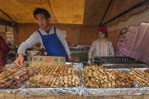 Vendors selling all sorts of typical festival foods are present at the Kawazu festival. Yakitori and various other shish-ka-bob meats are not to be missed!