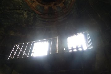 <p>Figure 8. The sunlight arrives simply because Daibutsu is outside, not in the hall. I doubt that they could have imagined how useful the windows would become to future visitors</p>