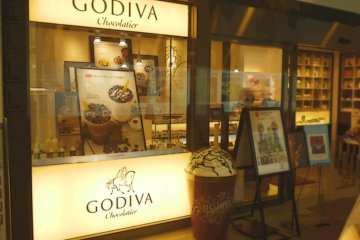 Godiva- one of the many places to quench a sweet tooth