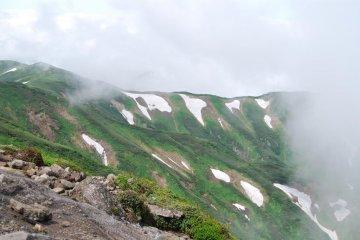Half summer and half winter on top of Mount Gassan