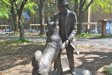<p>The beloved Hachiko and his master</p>