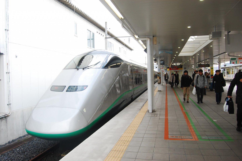 Kereta Shinkansen yang mengantarkan saya ke Yamagata