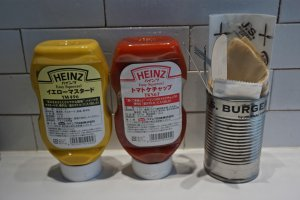 The All-American classic icons (with a Japanese food label of course!): HEINZ Mustard and Ketchup