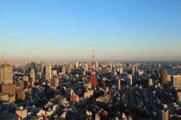 The view from the observation deck is second to none. Tokyo Tower from Roppongi Hills