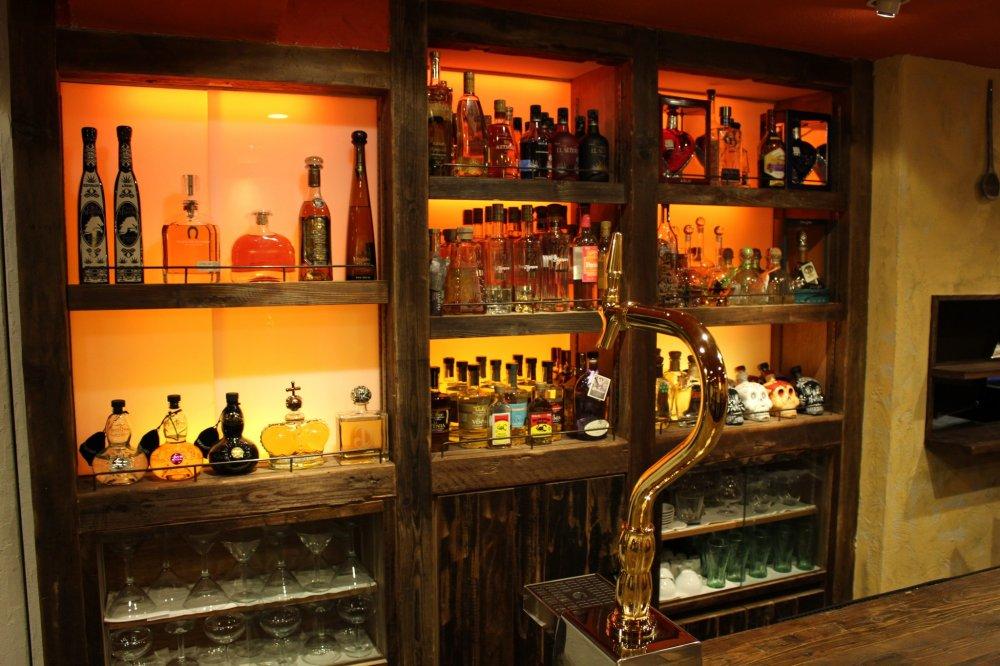 The counter bar at Jicara