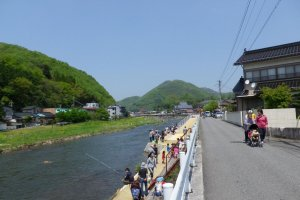 Another view of the fishing contest on Takahashi River