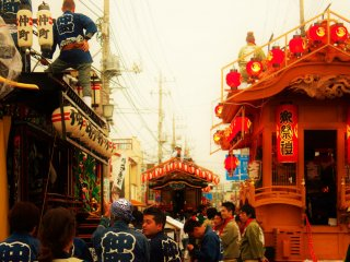 Yatai are prepared along the side streets, as the taiko players get read to do battle.