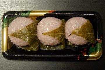 The Best Sakura Snacks in Japan