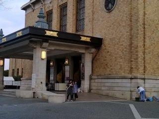Museum seni, bangunan kuno ala Eropa