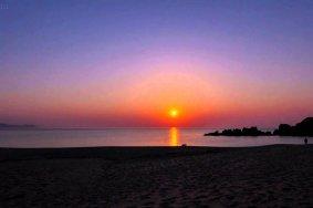 Pôr-do-Sol na Praia de Suisho-hama