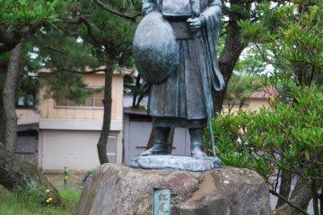Statue of Basho in Sakata City