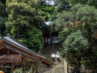 O salão principal do Gokurakuji fica no cimo das escadas