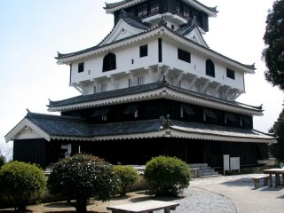 Iwakuni Castle is a beautiful example of a Japanese castle