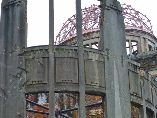 A crane has made the dome its home:Hiroshima's Atomic Bomb Dome