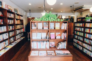<p>Even though the size of the building is pretty small, but it&#39;s packed with so many titles in every shelf</p>