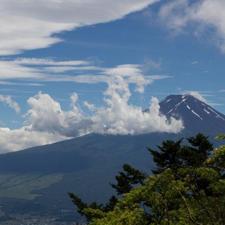 Подъем на гору Мицутогэ