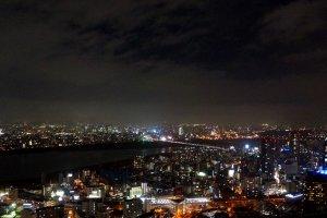 우메다 스카이 빌딩에서 바라본 야경