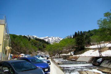<p>Sumon Peak and the Sumon River from the parking lot</p>