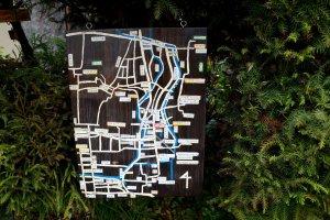 주변 지도에요. 테츠가쿠노미치를 포함해 주변 절과 신사들이 표시되어 있어요.