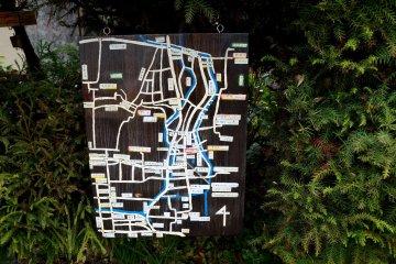 <p>주변 지도에요. 테츠가쿠노미치를 포함해 주변 절과 신사들이 표시되어 있어요.</p>
