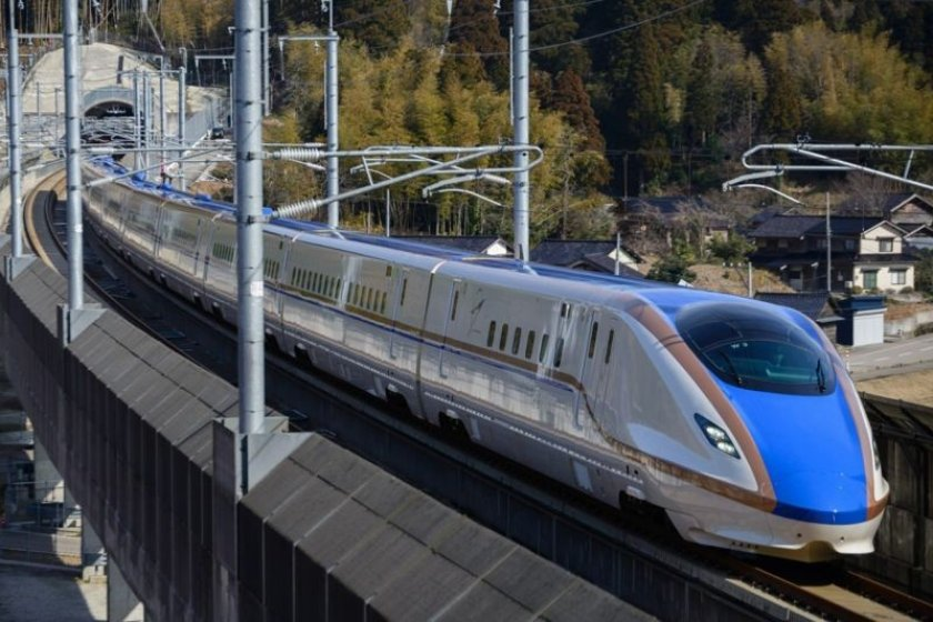 the route of the newly launched Hokuriku Shinkansen is included in the Takayama-Hokuriku Area Tourist Pass