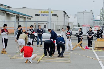 <p>Local performers pack after welcoming the crusie ship.</p>