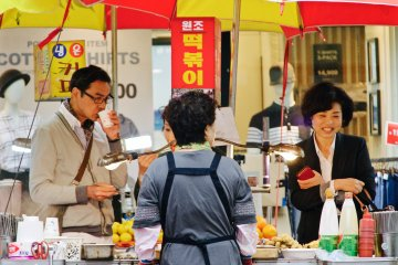 <p>One of the many snack stands selling spicy delicacies</p>