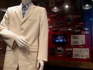 Знаменитый белый костюм Форреста Гампа