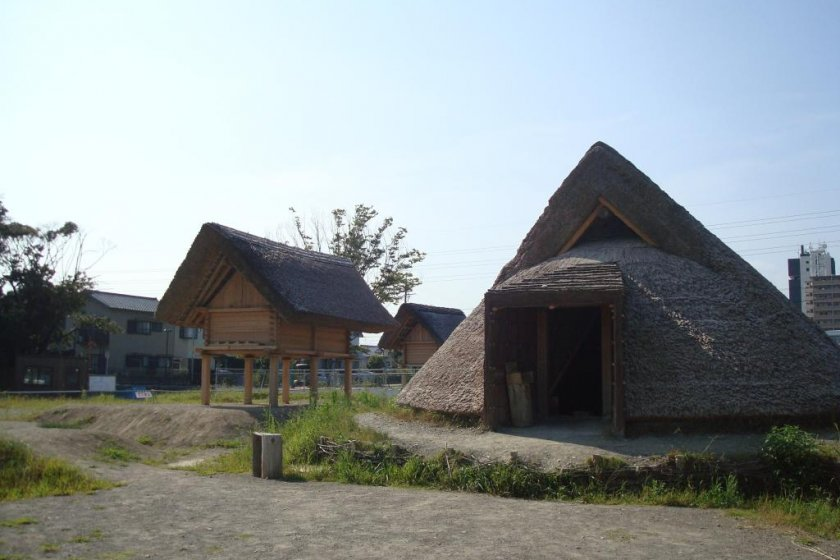 A pit-house and storehouse at the Toro village