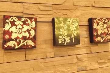 <p>Some of the decor on the walls</p>