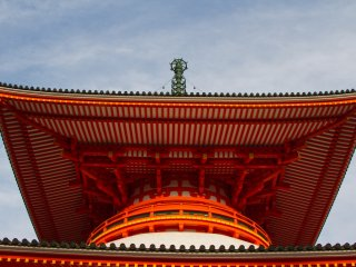 The grand pagoda, Konpon Daito